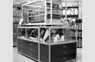 Photograph of freestanding steel and wood retail display units created by Townsend Design for CHEF CENTRAL Retail in White Plains, NY
